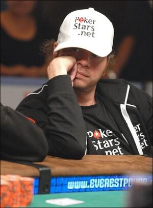 Mistrz szachowy, który porzucił swoją dziedzinę dla pokera.